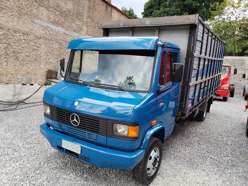 mercedes-benz 710 caminhão
