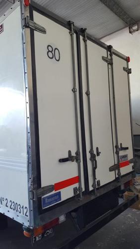 mercedes benz 710 con equipo de frio