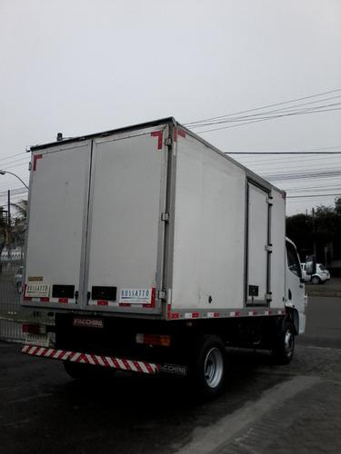 mercedes-benz 915 caminhões