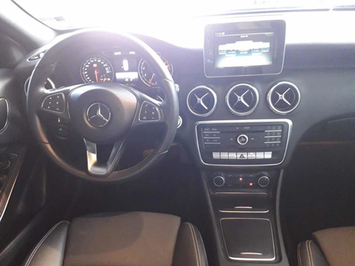 mercedes benz a 200 1.6 turbo flex 2017 preta revisada