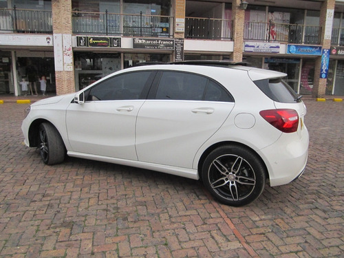 mercedes benz a 200 hatchback blanco 1600cc bturbo v plus