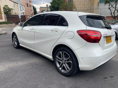 mercedes benz a 200 hatchback  blanco 1600cc turbo