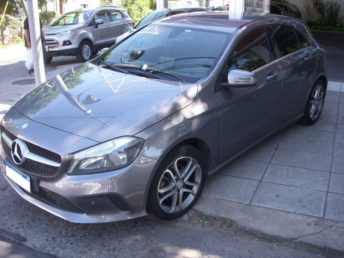 mercedes benz  a200 1.6 at urban b.efficiency 156cv 5p 2016