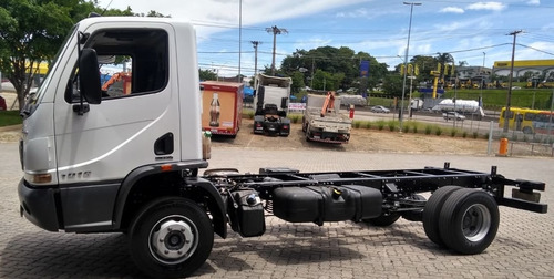 mercedes-benz accelo 1016 2013 chassis impecável