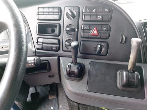 mercedes-benz  actros 2546  6x2  automatico