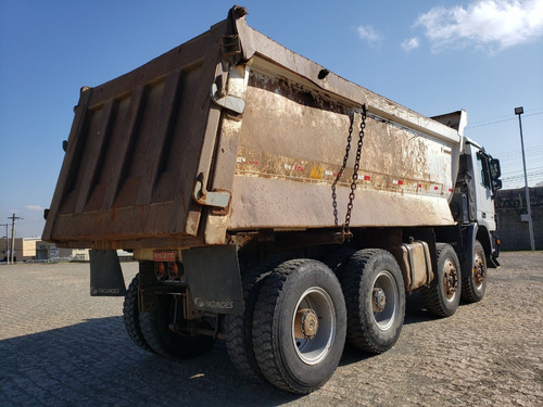 mercedes-benz actros 4844 8x4 caçamba  2011 / financiamos