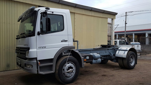 mercedes-benz atego 2010 chasis o tractor zacco camiones