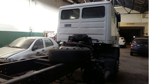 mercedes-benz atron 2015