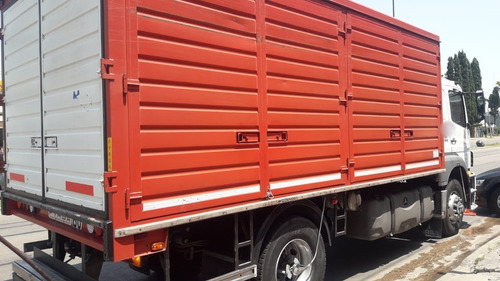 mercedes benz axor 1933/45 año 2011 con caja metal firsa