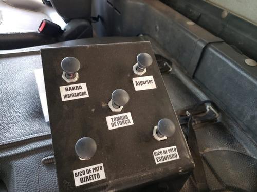 mercedes-benz axor 3131 6x4 ano 2014 tanque pipa