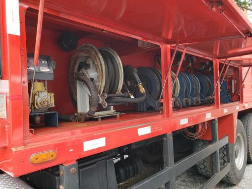 mercedes-benz axor31316x4 ano 2014 comboio gascom 10.000