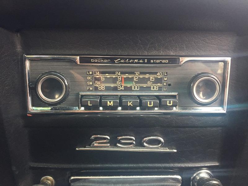 mercedes benz c 230 placa preta