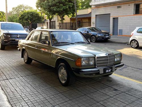 mercedes-benz c123 /// 1979 - 147.000km