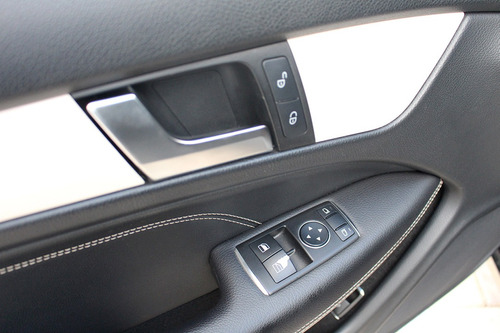 mercedes benz c180  2012  automática