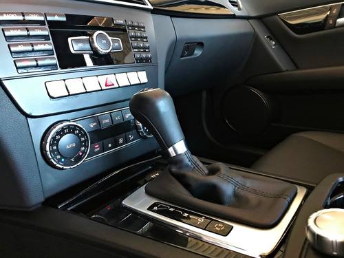 mercedes benz c180 turbo 1.6. branco 2013/14