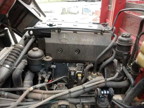 mercedes benz caminhão