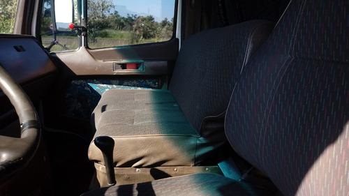 mercedes-benz caminhões caminhão