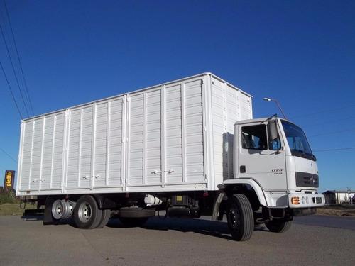 mercedes benz camiones especiales