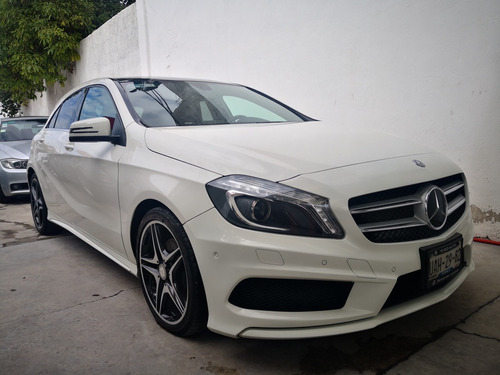 mercedes-benz clase a 1.6 200 cgi sport s/techo at 2015