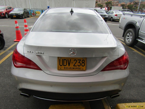 mercedes benz clase cla cla 200 1.6 at
