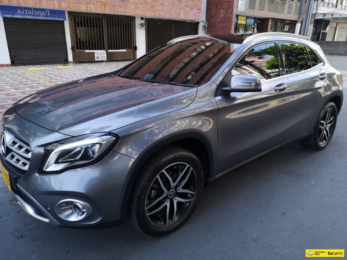 mercedes benz clase gla 200 at 1.6