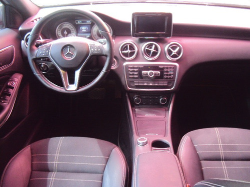 mercedes-benz classe a 1.6 urban turbo 5p  ano 2014