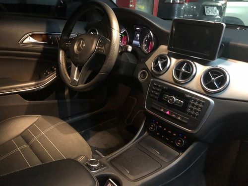 mercedes-benz classe gla 1.6 vision black edition turbo 2015