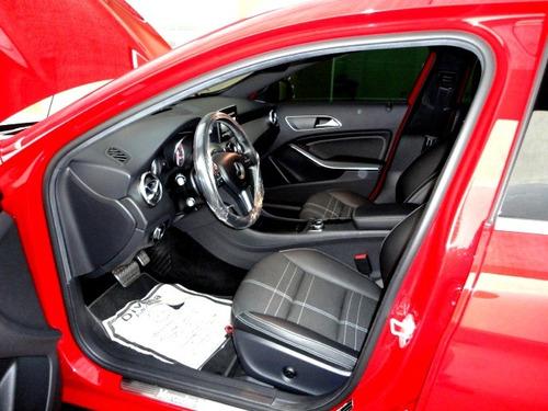 mercedes benz classe gla 1.6 vision black edition turbo 5p