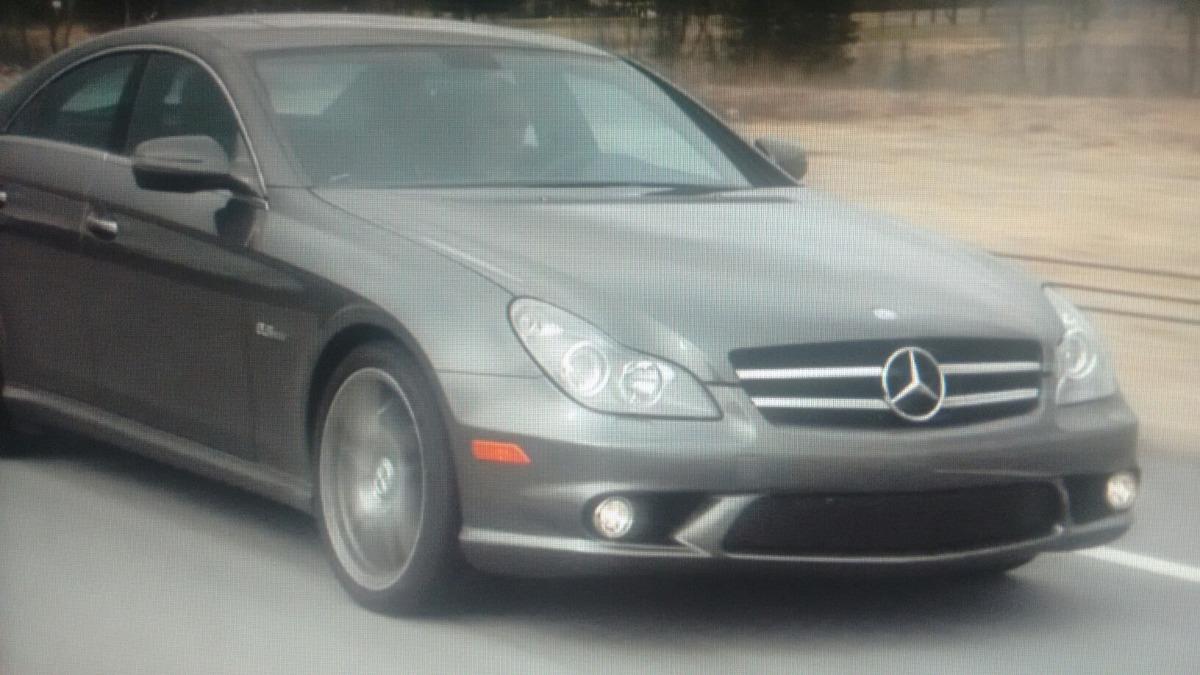 Awesome Mercedes Benz Cls 63 2010 (sucata). Carregando Zoom.