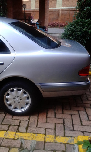 mercedes benz e240 1999 unico dueño.