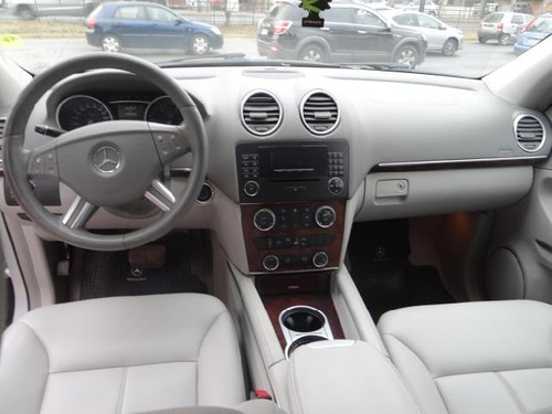 mercedes-benz gl320