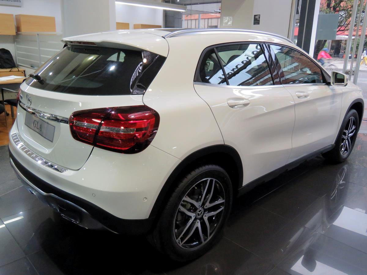 Mercedes Benz Gla 200 2020