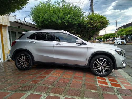 mercedes benz gla200 urban 1.6 turbo triptonica 2018
