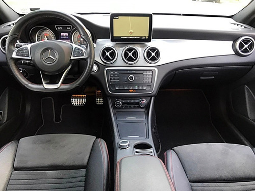 mercedes benz gla250 amg 4matic at 2016