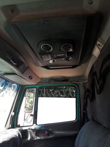 mercedes benz l 1620 6x2 ano 2002 na carroceria
