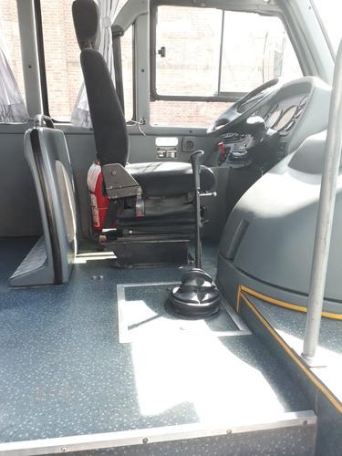 mercedes benz lo 915 saldivia  24 asientos 2012