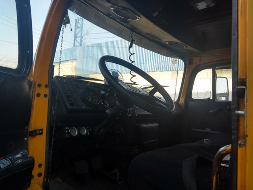 mercedes-benz mb 1516 reduzido truck baú de 8 metros