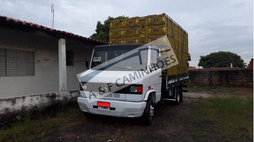 mercedes-benz mb 710 4x2 1999  carroceria