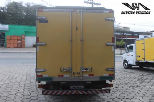mercedes-benz mb 710 - baú - 2003