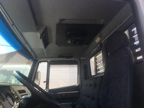 mercedes-benz mb 710 carroceria