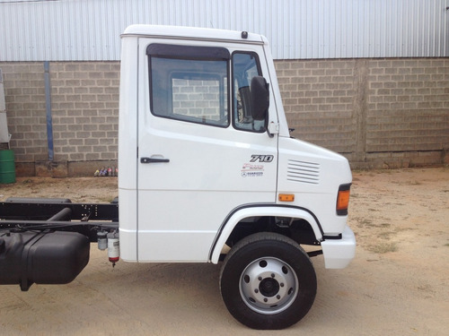 mercedes-benz mb 710 plus ano 2009