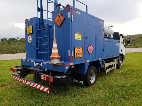 mercedes-benz mb 815 comboio lubrificante
