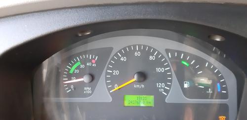 mercedes benz mb accelo 715 c no chassi emplacada guincho