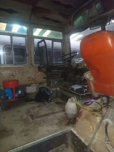 mercedes benz mercedes benz 1214 furgón vidriado