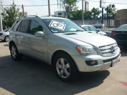 mercedes benz ml500  modelo 2006  color plata