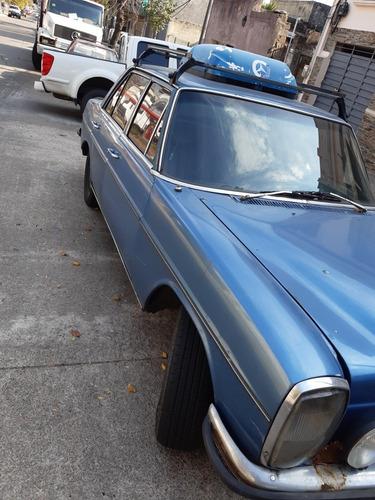 mercedes-benz modelo 200 d año 70 4 puertas