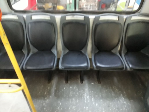 mercedes benz  of 1418 31 asientos urbano favorita 2011