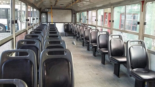 mercedes benz  of 1722  la favorita 31 asientos 2009