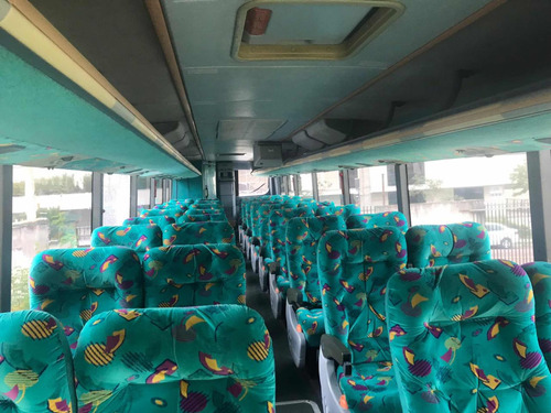 mercedes benz rodoviário onibus viaggio 1050