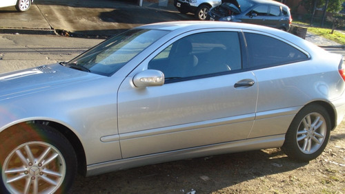 mercedes benz sportcoupe modelo 2001
